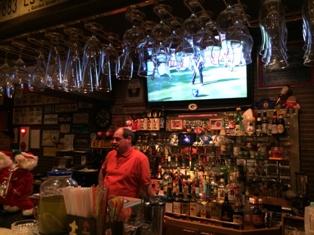 マイケルズアメリカンカフェ・パブ(Michael's AmericanCafe&Pub)